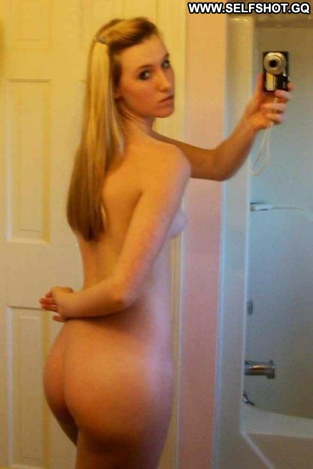 Katlyn Stolen Pictures Beautiful Ass Girlfriend Amateur Selfie Cute