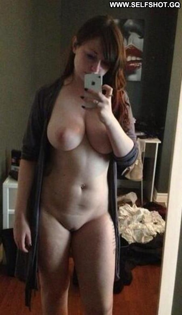 Leontyne Stolen Pictures Amateur Self Shot Shaved Beautiful Cute Babe