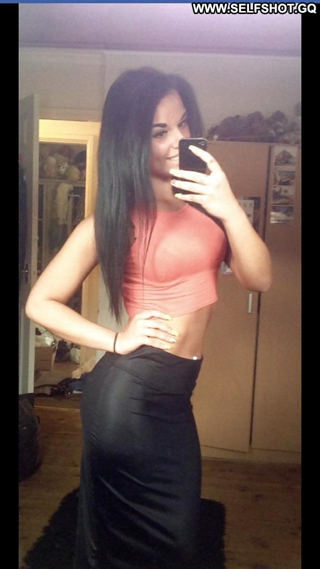 Albertha Private Pictures Self Shot Hidden Cam Hot Voyeur Selfie