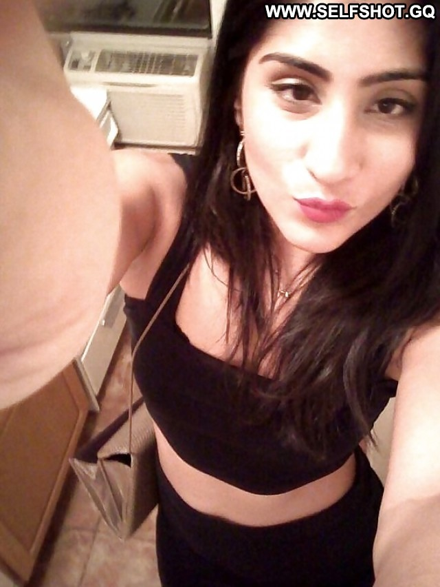 Jazlyn Private Pictures Hot Babe Self Shot Asian Indian Amateur Chick