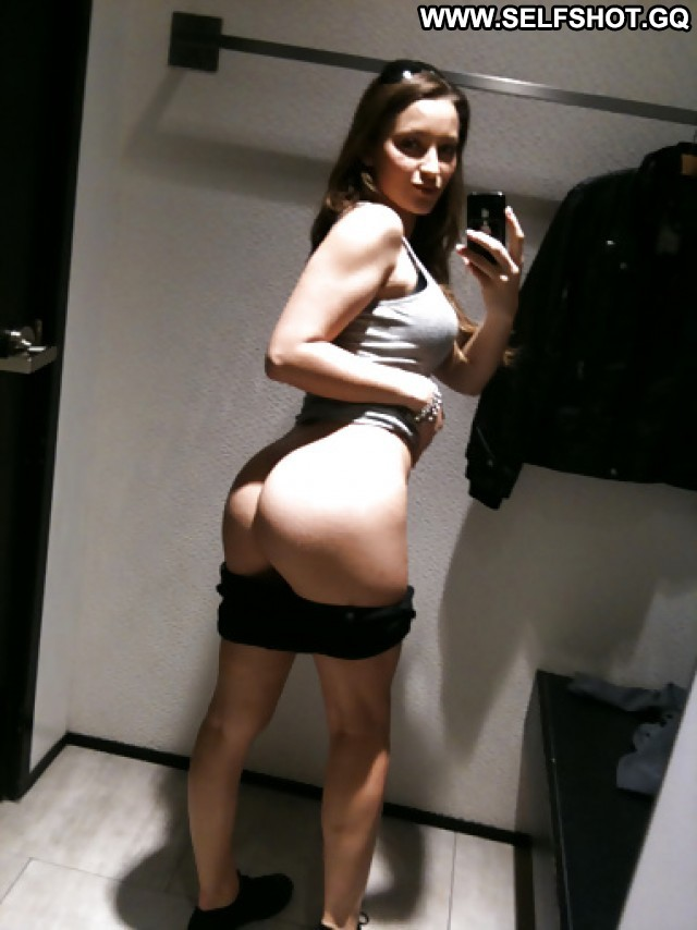Queenie Private Pictures Self Shot Hot Mature Amateur Selfie Changing