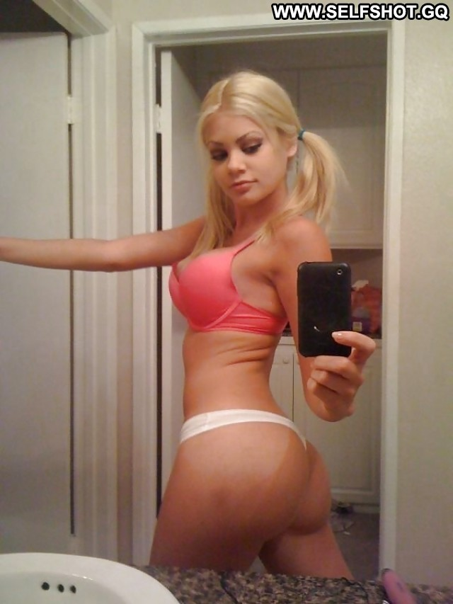 Chanda Private Pictures Boobs Teen Hot Self Shot Big Boobs Private