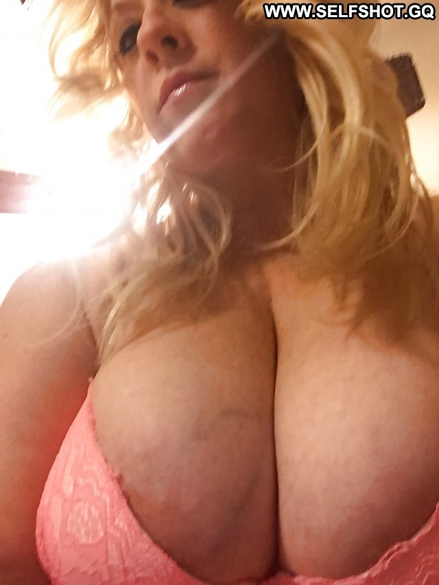 Reilly Private Pictures Hot Sexy Boobs Ass Self Shot Big Boobs Selfie