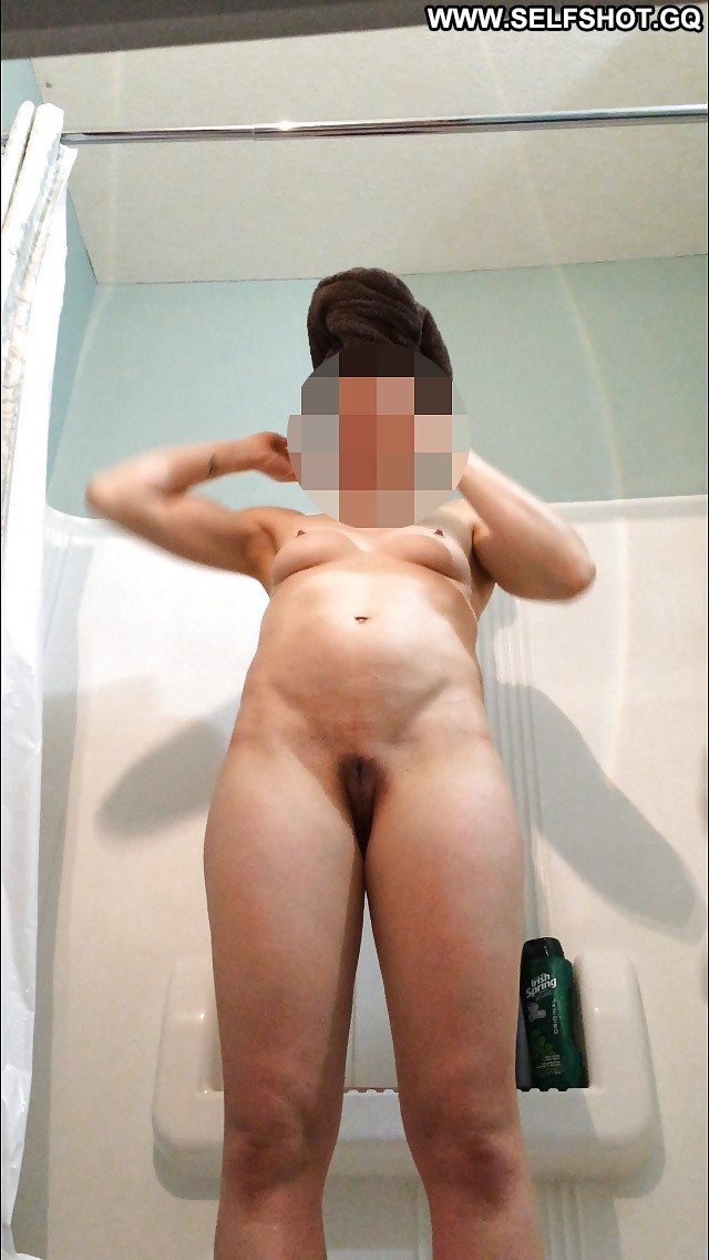 Kaleigh Private Pictures Shower Bed Amateur Voyeur Hot Wife Hidden