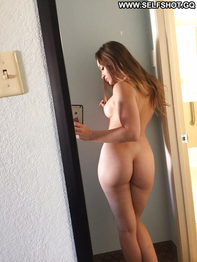 Kim Private Pictures Hot Amateur Self Shot Selfie Mature Sexy Milf
