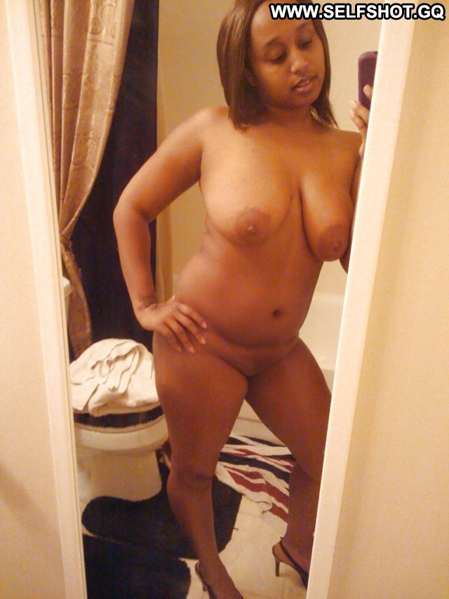 Earnestine Private Pictures Ebony Self Shot Selfie Amateur Hot