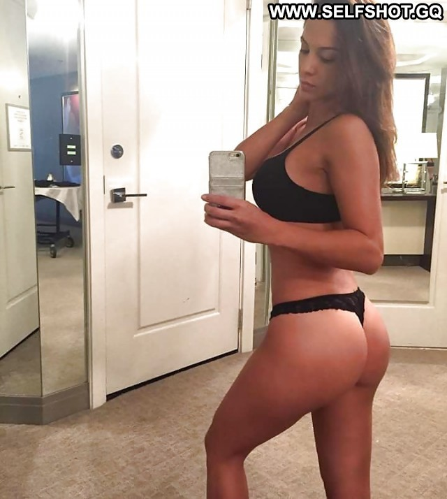 Mickie Private Pictures Babe Hot Self Shot Amateur Selfie Sexy Ass