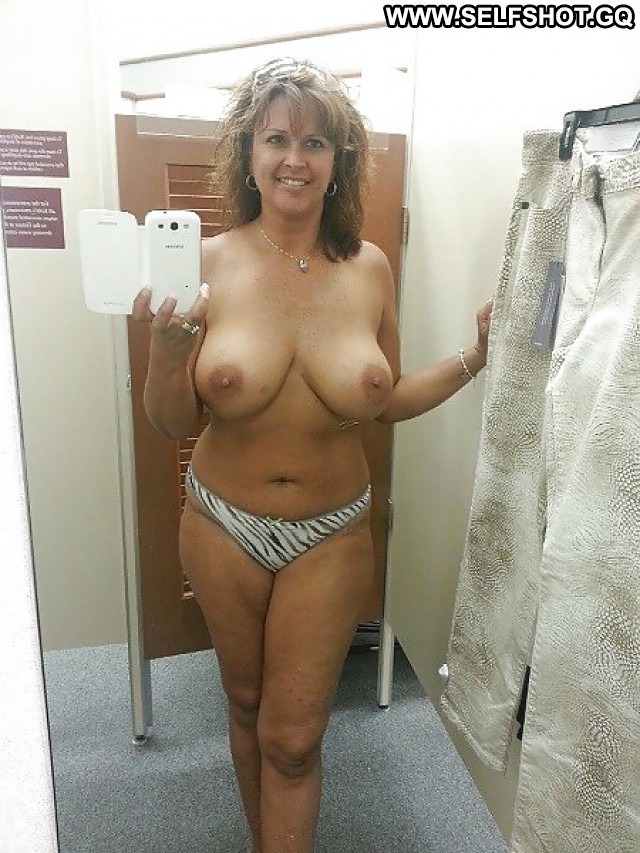 Aisha Private Pictures Big Boobs Selfie Milf Hot Boobs Self Shot